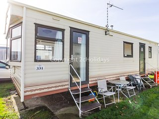 6 berth dog friendly caravan for hire at Broadland sands in Suffolk ref 20016