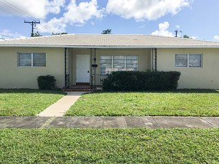 Family-Friendly Miami Home ~8 Mi to Beaches!