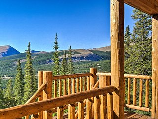 Grand Fairplay Cabin w/ Deck & Mountain Views