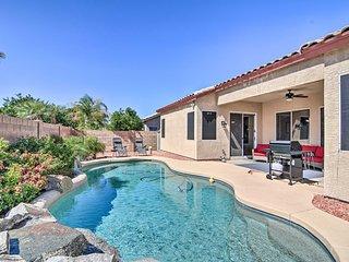 Mesa Home w/Pool & Hot Tub, 2 Mi to Shopping!