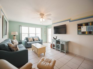 Relaxing 1 Bedroom by the Ocean, South Padre Island