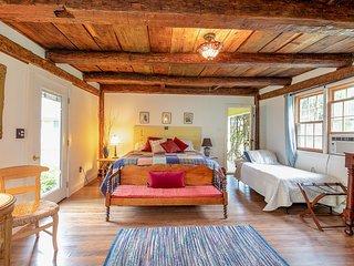 Garden Room Suite at the Van Winkle Inn