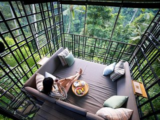 Soka Room 'The Japanese Combining design and Balinese Traditional touches'