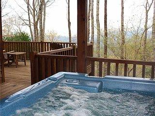 Sunset Ridge-Log Cabin,Views,Deck,HotTub,Trails