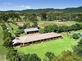 Stunning 5 bedroomed home set on 70 acres of untouched Mudgee countryside