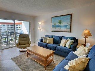 Gulf Front Condo w/Private Balcony, Pool, Tennis, Private Beach Access, & More!