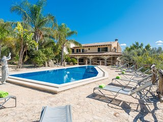 CAS CARRO (SA TEULERA) - Villa for 12 people in SELVA