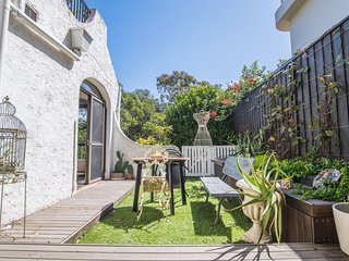 Beautifully Decorated Pre-Loved HOME in Double Bay