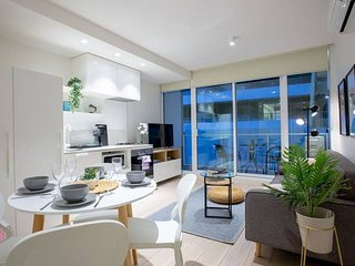 Stylish Luxurious Convenience 1BR *SouthYarra Melb