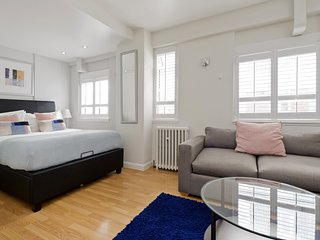 Bright Chelsea Studio close to Sloane Square