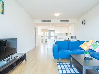 Stylish & Minimalism 3bd apartment in North Ryde