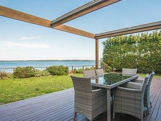 Ultimate Sandringham Beach Front Luxury 4bd House