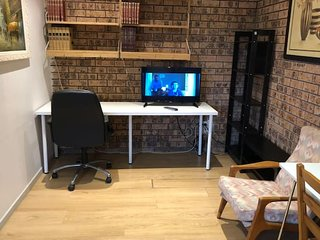 Mistery 1bedroom Bedder*Close to airport&CBD