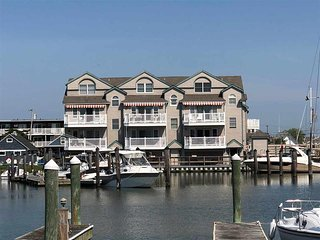 1520 Yacht Avenue Unit **********