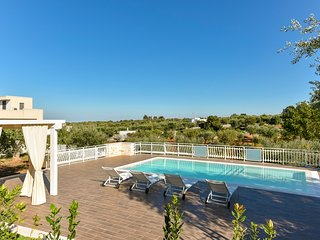 Stylish Trulli with Private Pool for 4 guests in Puglia