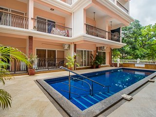 Lavish 2 BHK with a pool, ideal for friends /73588