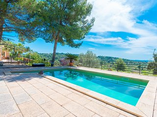 ES PINAR - Villa for 8 people in Alaro.