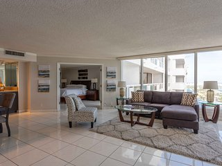 Downtown Miami | Monthly Two Bedroom Waterfront Condo + Free Valet Parking