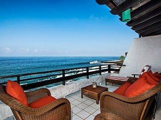 New Property Rates 25% OFF! Casa De Emdeko 338. Oceanfront with breathtaking Oce
