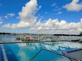 StayPlus- Waterfront studio-apartment