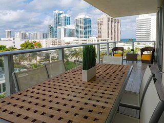 StayPlus- 2-BD Water Views Miami Beach Apt