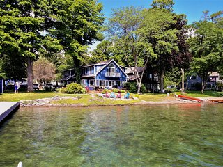 Spacious & spectacular lakefront home w/ a private hot tub & dock