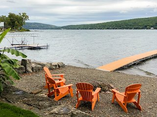 Pristine home with with stunning views of Keuka Lake - dog-friendly!