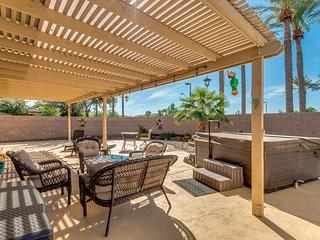 Hot Tub, RV gate, & Community Pool in Family Friendly Home in Maricopa!