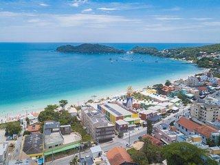 Ótima Localização a Poucos Passos da Praia de Bombinhas - 2 dorms 4 pessoas - Lo