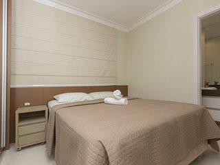Confortável Apto 3 dorms 6 pessoas Pertinho da Praia de Bombas 201 Rmagg
