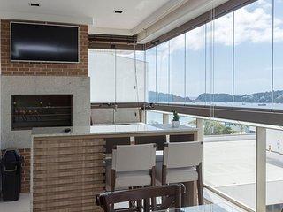 Luxuoso Apto 4 dorms 10 pessoas em Condomínio de Alto Padrão Centro de Bombinhas