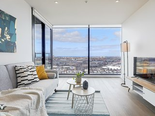 Docklands WaterView Apt with amazing view  VDO915