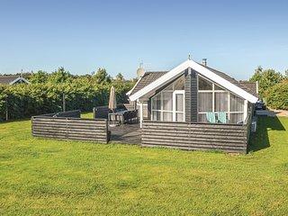 Amazing home in Hemmet w/ Sauna, WiFi and 4 Bedrooms (P52248)