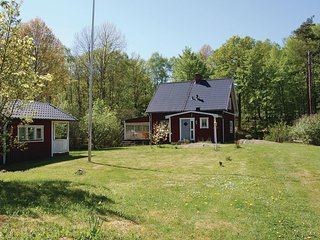 Nice home in Olofstrom w/ Sauna, 3 Bedrooms and WiFi (S20140)