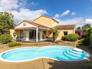 Vendee Villa Sophora 8P private heatable pool