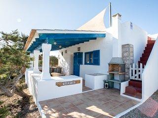 Casa Tramontana 4-6 pax.Terraza con vistas al mar, barbacoa.A 800m playa Migjorn