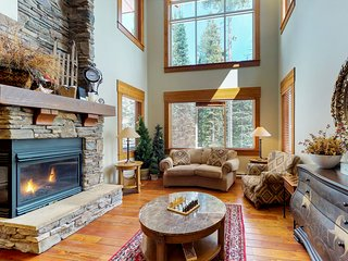 Spacious luxury home w/private hot tub, ski-in/ski-out access, & crafted accents