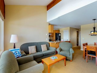 Ski-in/ski-out from this spacious condo w/ a private hot tub & gas fireplace