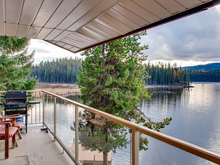 Dog-friendly lakefront home with private hot tub, charming lake views and more!