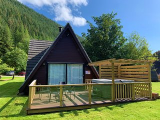 Lodge 4  Invergarry Lodges With Hot Tub