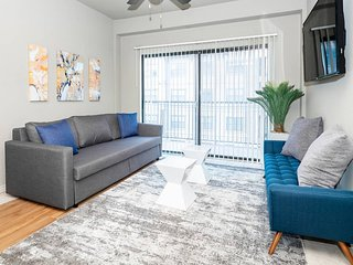 P403 · ★ WOW Party Condo Downtown