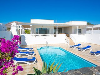 3 bedroom Villa with Pool and WiFi - 5604892