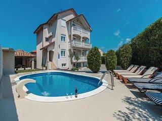 Villa Ksenija 16+ guests, Zadar