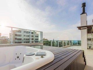 Cobertura Premium Vista Mar e Jacuzzi 3 dorms 6 pessoas - Condomínio de Luxo com