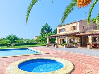 FINCA CAN BOSCO 8 - Villa for 8 people in Son Carrio