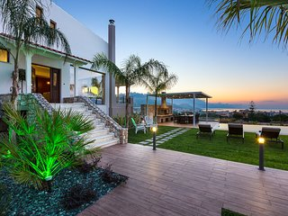 Villa Anemeli,luxury,spacious outdoor area,seaview
