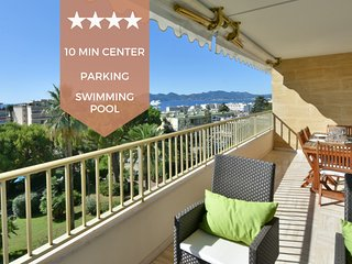 ✌️10 minutes on foot from the city center!✌️ Sea view ✌️ Secured property✌
