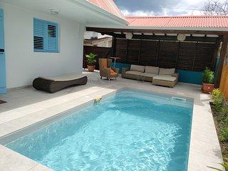 Location Maison Bleue avec piscine privative au Carbet Martinique
