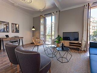 Barcelona Balconies 1 - Habitat Apartments