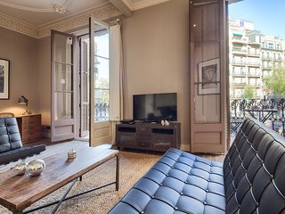 Beautiful 2 bedroom with a balcony